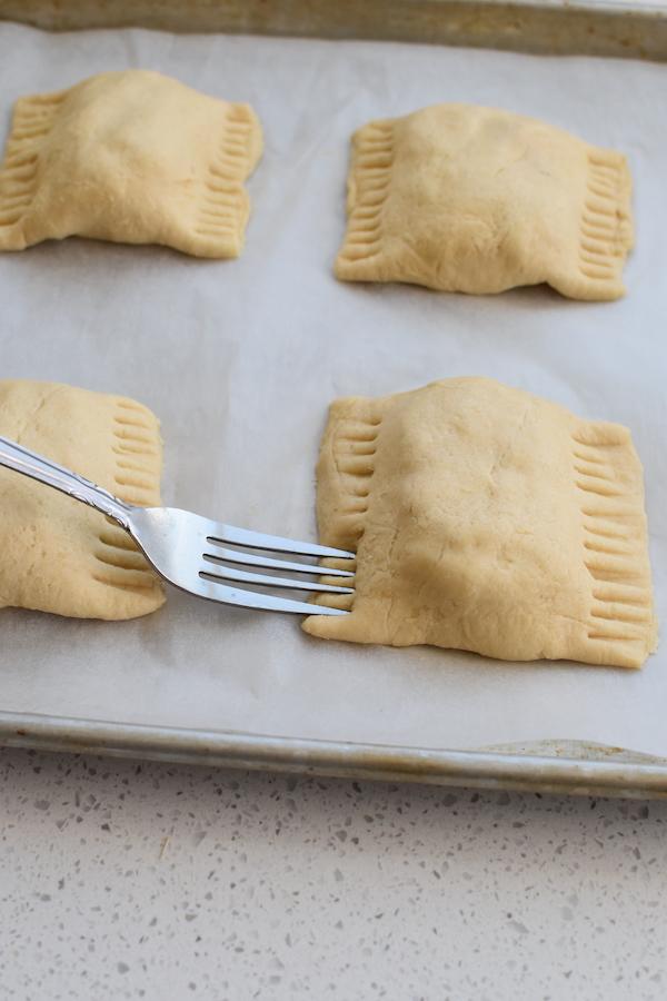 chicken crescent bundles easy dinner | NoBiggie.net