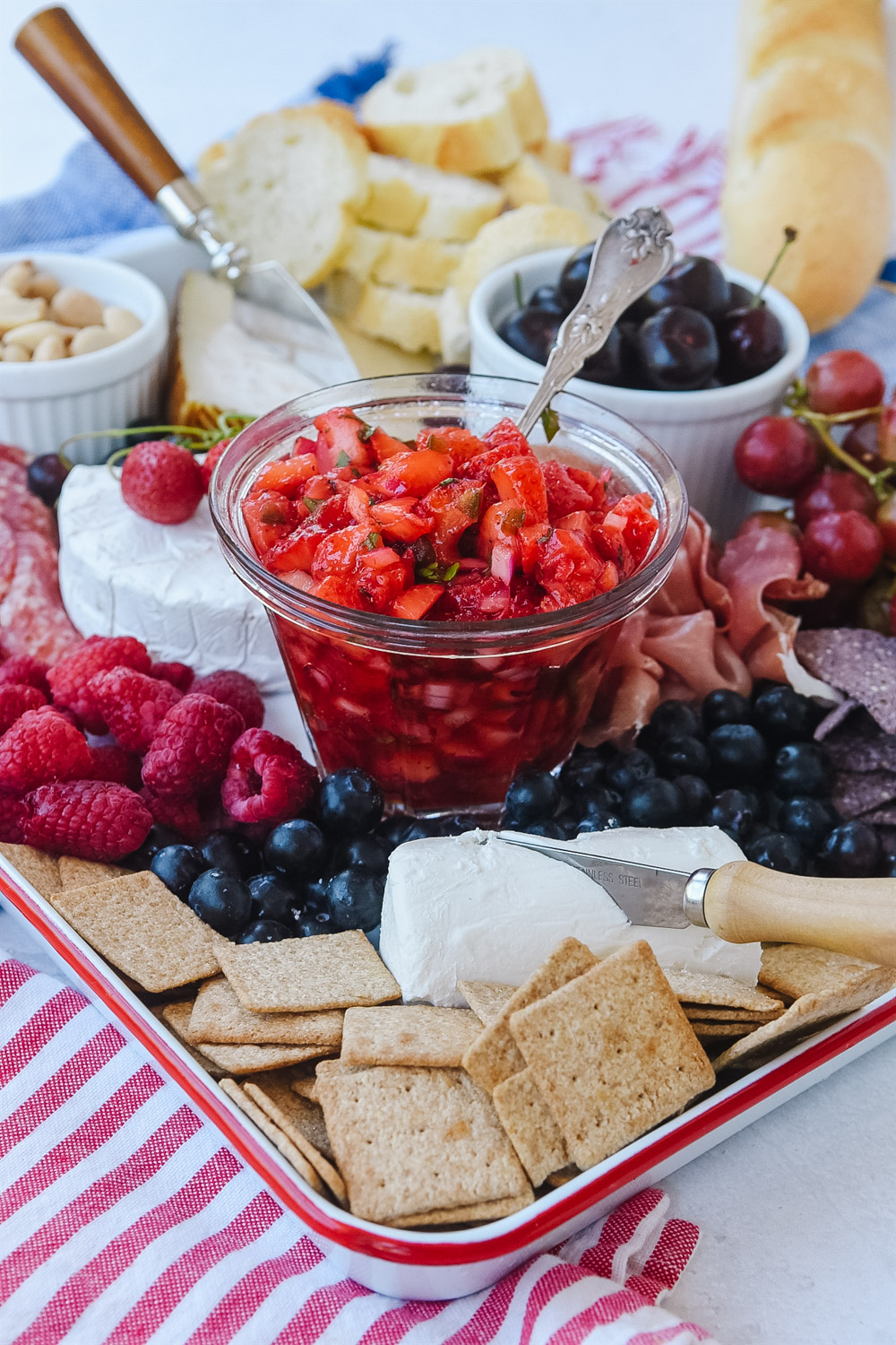4th of July Appetizer Charcuterie Board | Patriotic Charcuterie Boards