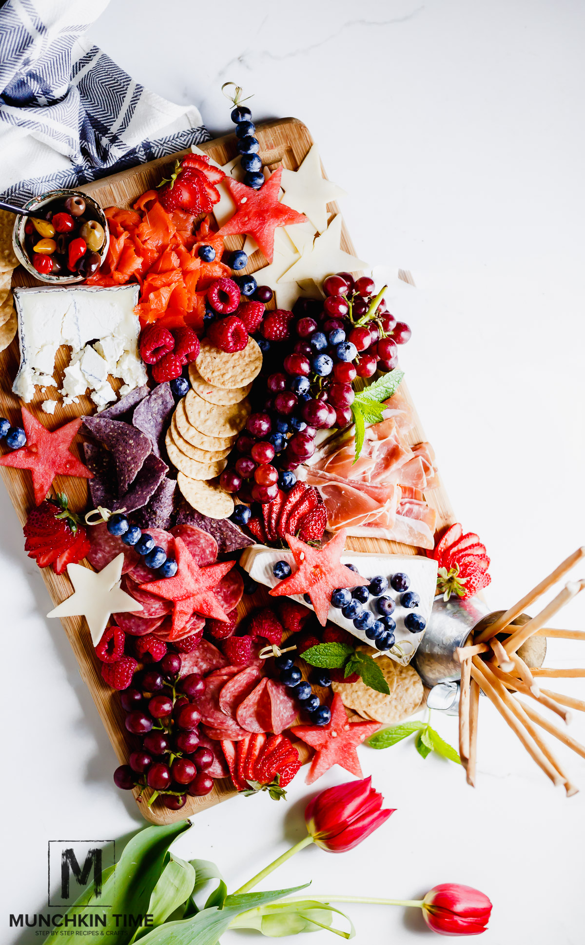 Memorial Day Cheese Platter | Patriotic Charcuterie Boards