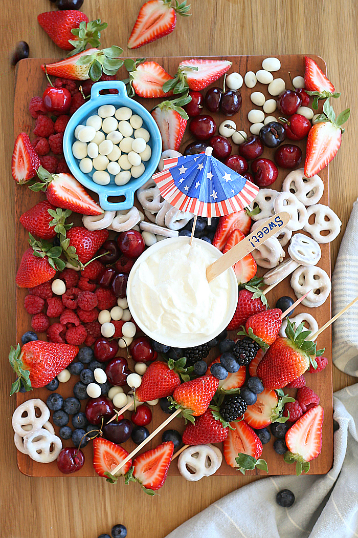 Red White and Blue Fruit Platter | Patriotic CHarcuterie Boards