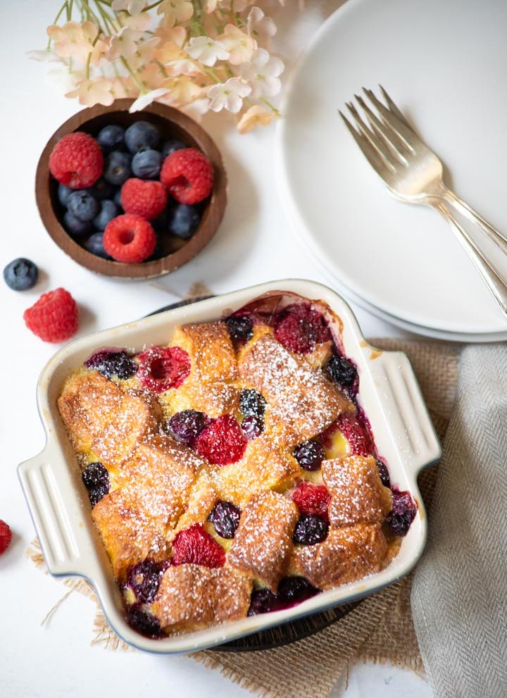 Air Fryer Berry Bread Pudding | 25+ Air Fryer Desserts