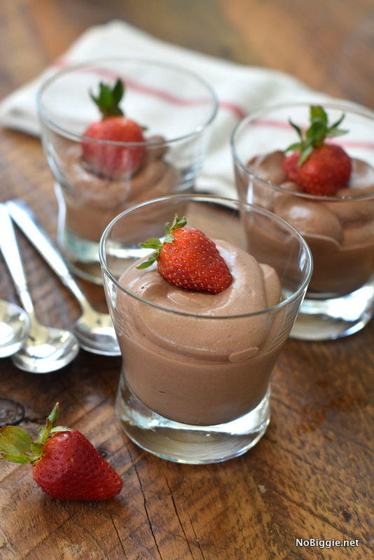 Healthy Chocolate Mousse | Sweet Treats for Showers