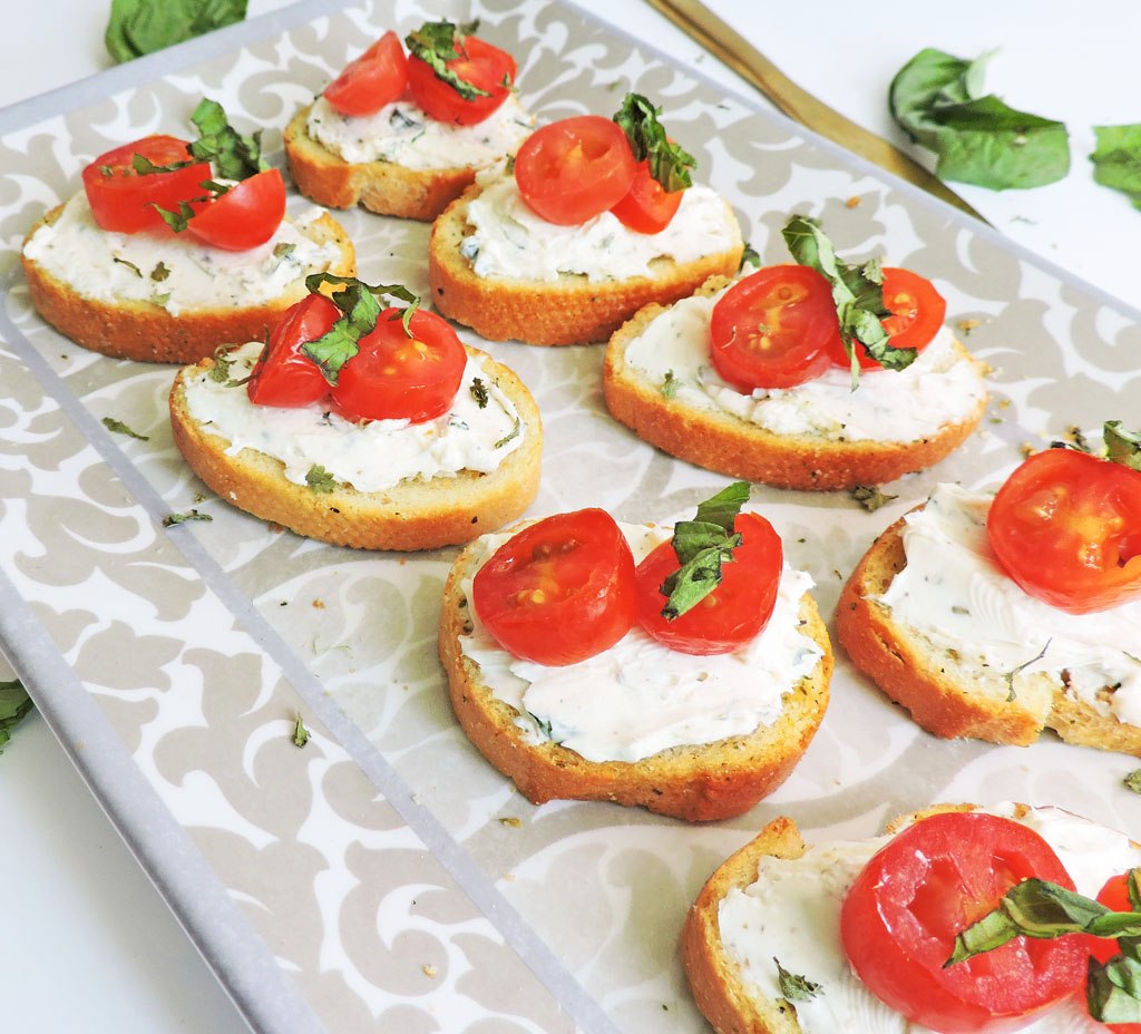 Herb Cream Cheese and Tomato Crostini | Bridal Shower Finger Foods