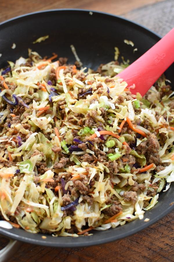 keto egg roll in a bowl | NoBiggie.net