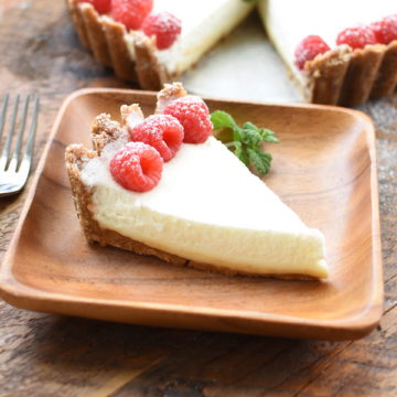 Raspberry Marshmallow Cream Tart   NoBiggie.net