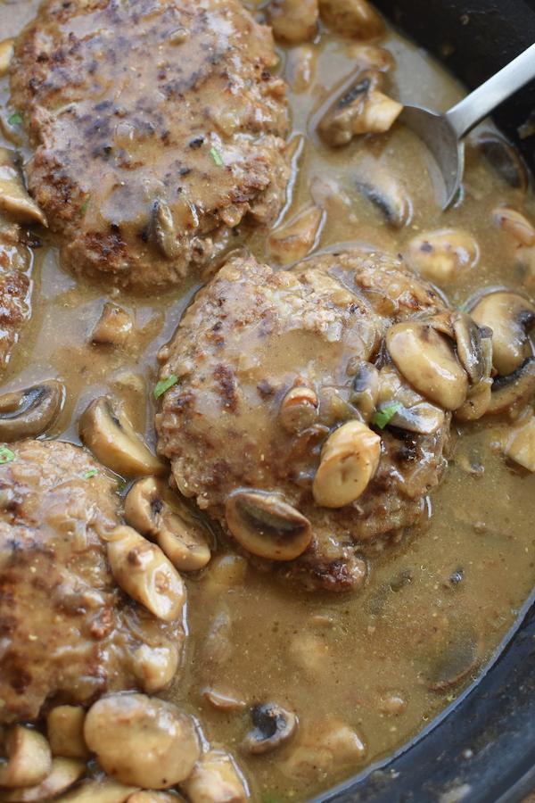 salisbury steaks with gravy | NoBiggie.net