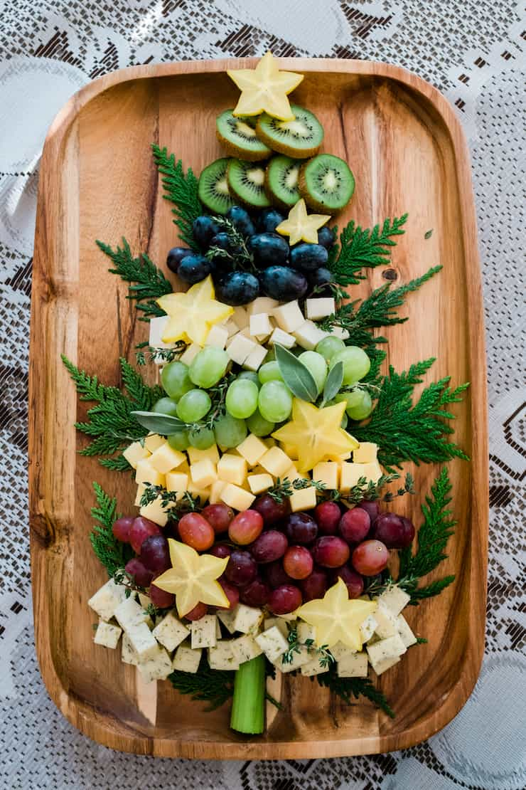 Christmas Tree Fruit and Cheese Board | NoBiggie.net