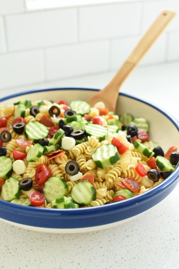 Italian dressing pasta salad | NoBiggie.net